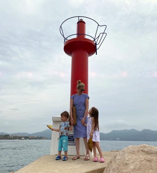 přístav s dětmi
